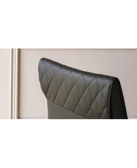 Amelia Chair Miniforms img2