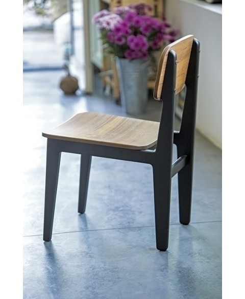 Amol W Black Chair Kann img1