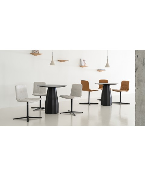 Burin Table Viccarbe img2
