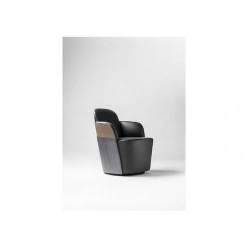 Little Couture Armchair Barcelona Design img0